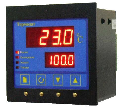 Прибор для измерения и регулирования температуры «Термодат-12К4»